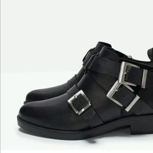Zara basic collection buckle boot